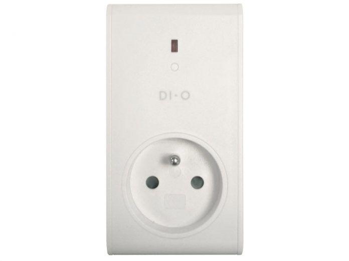 Myfox prise radio DI-O vous permet d'allumer et éteindre vos lampes ou appareils électriques à distance depuis votre mobile ou un ordinateur ou chez vous depuis une télécommande