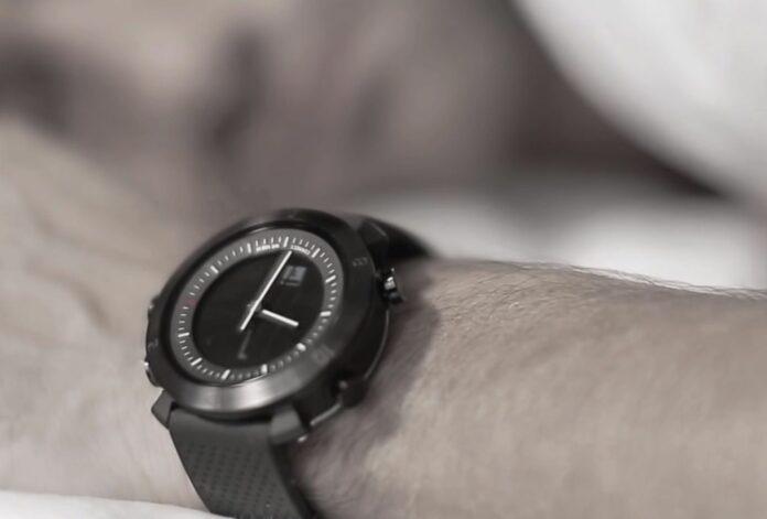 montre connectee COGITO Classic silicon